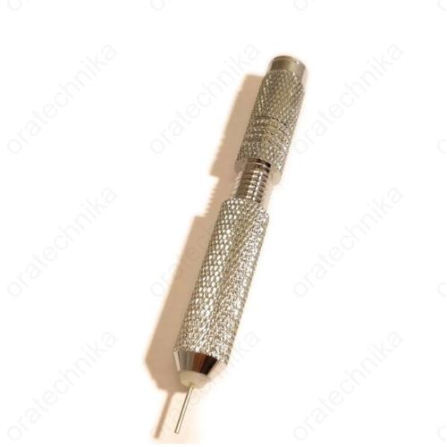 Állítható csatstift kiütő